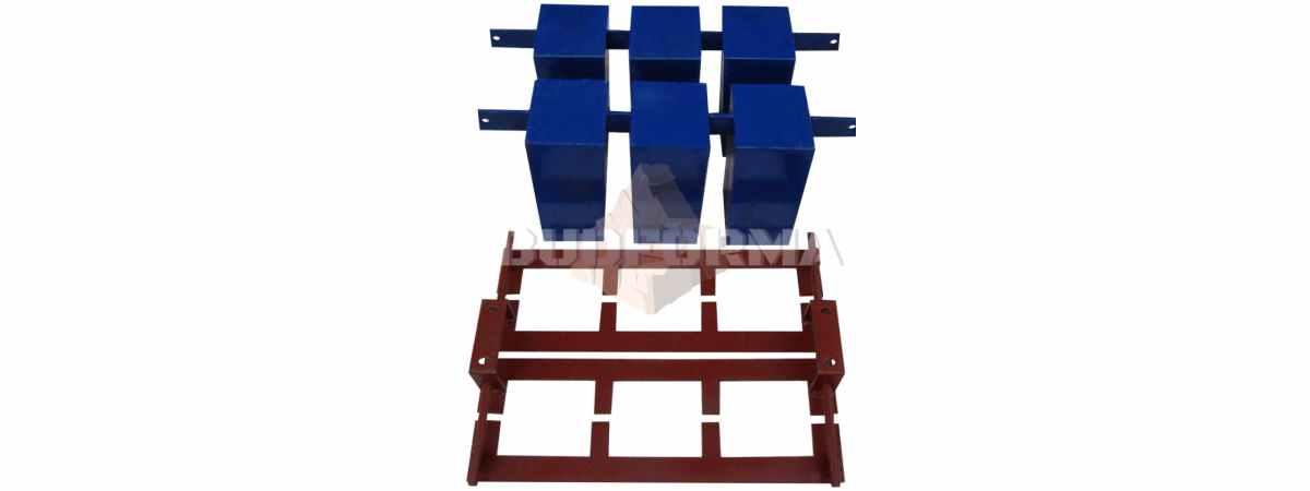 Матрица для шлакоблочного станка СШ-2 Состоит из пустотообразователя и прижимного пуансон