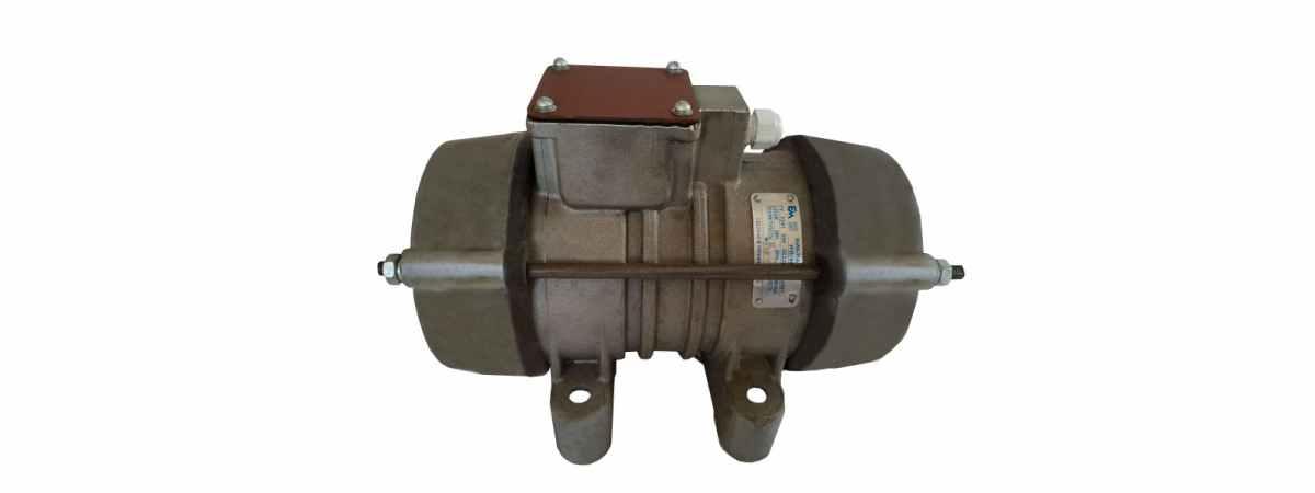 Вибратор площадочный ИВ-98, Чугун Украина 380 в Мощность 0.9 кВт Вес 20 кг