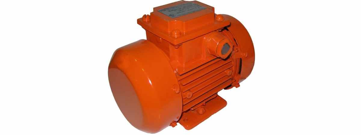Вибратор площадочный ЭВ-320 Б 380 в Мощность 0.2 кВт Вес 5 кг