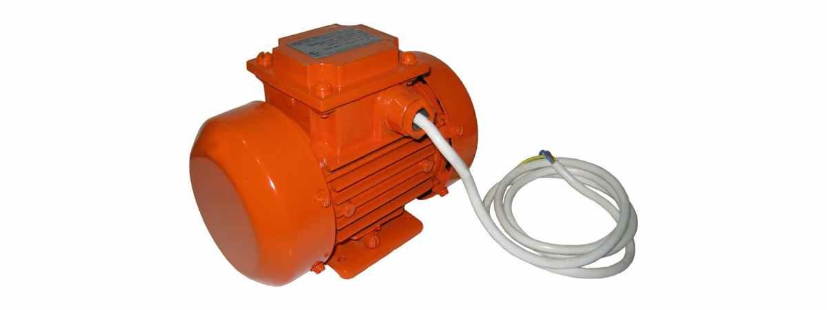 Вибратор площадочный ЭВ-320 Е 220 в Мощность 0.2 кВт Вес 5.2 кг