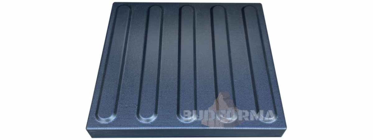 Форма для тротуарной плитки Вперед №16 Размеры 300х300х40 мм